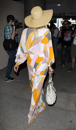Paris Hilton Spotted at LAX Airport in Los Angeles (May 26, 2013)