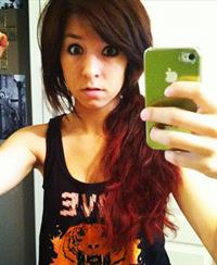 Christina Grimmie taking a selfie