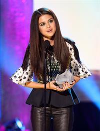 Selena Gomez 2013 NewNowNet Awards in Los Angeles April 13, 2013