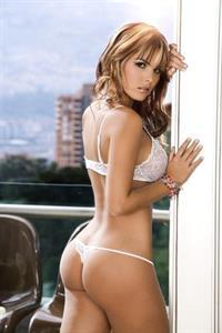 Melissa Giraldo in lingerie - ass
