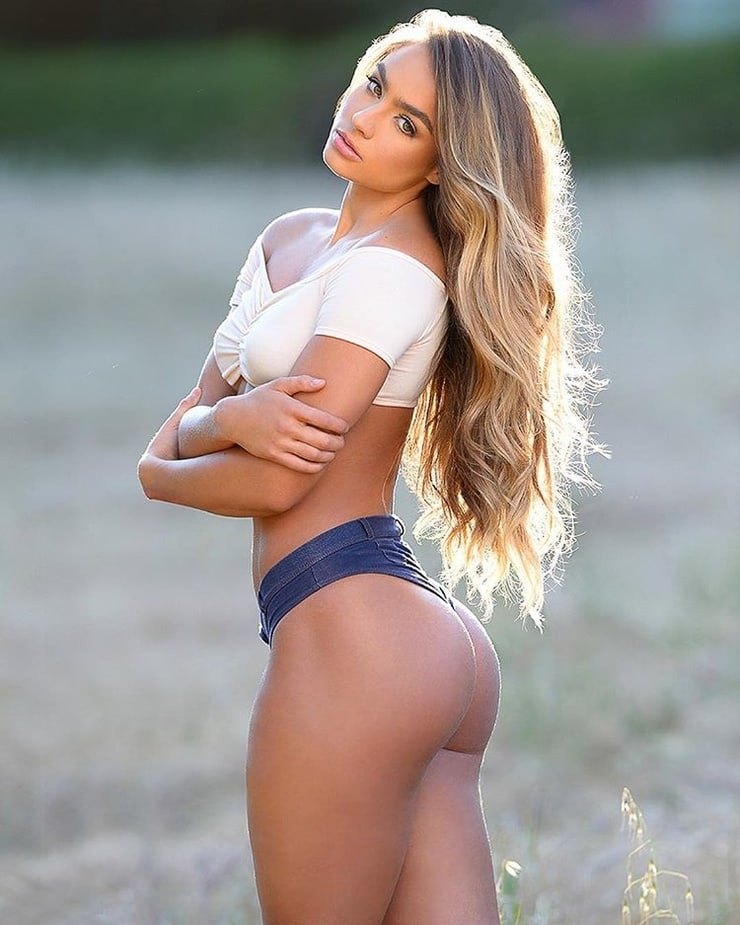 Sommer Ray Pics