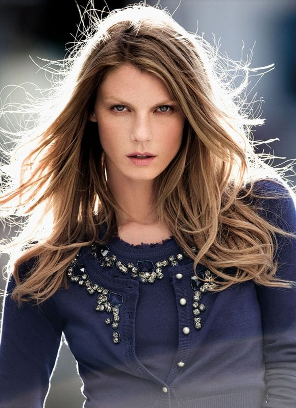facebo angela lindvall born - 580×800