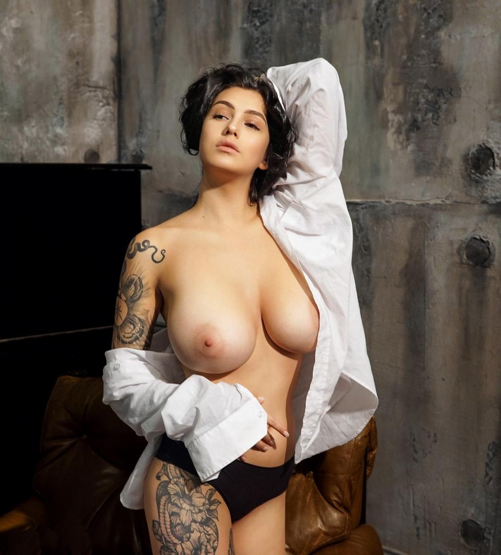 Angie Miller nude (48 photos), Ass, Hot, Boobs, braless 2020