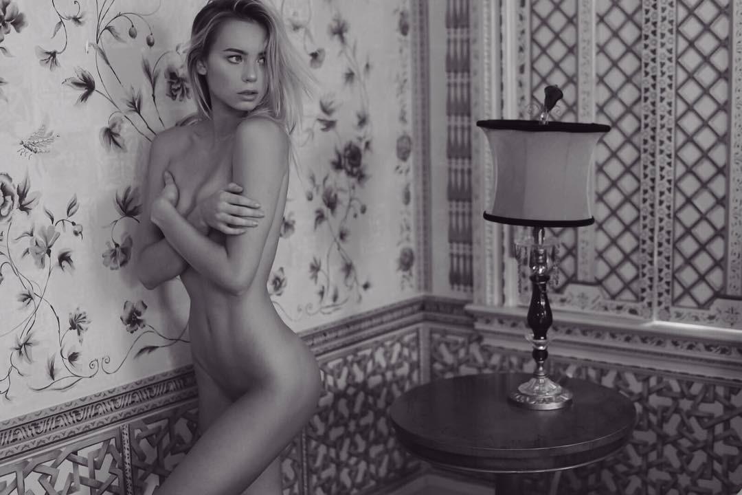 Davies  nackt Amber Kem Cetinay