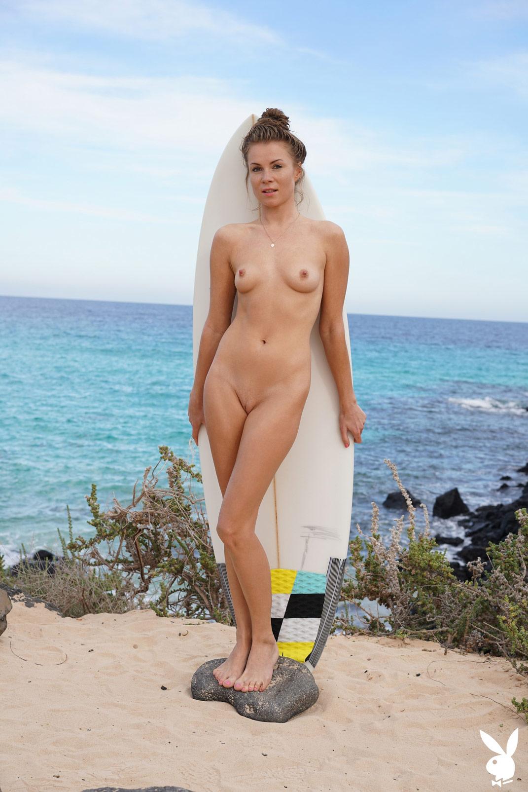 Joanna nude