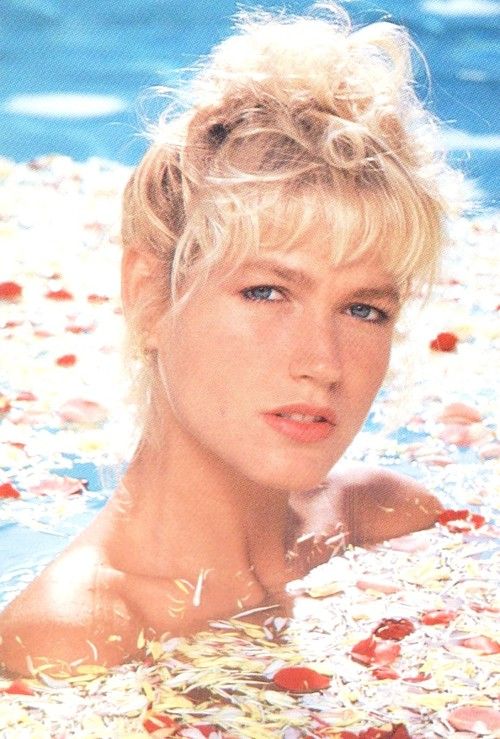 Xuxa Pictures in an Infinite Scroll - 35 Pictures