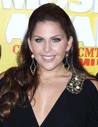 Hillary Scott (Singer)