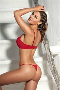Jessica Cediel in lingerie - ass