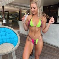 Emma Hartley super sexy in a tiny bikini