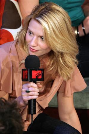 Claire Danes MTV nip slip