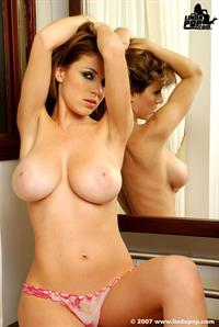 Alicia Cano - breasts