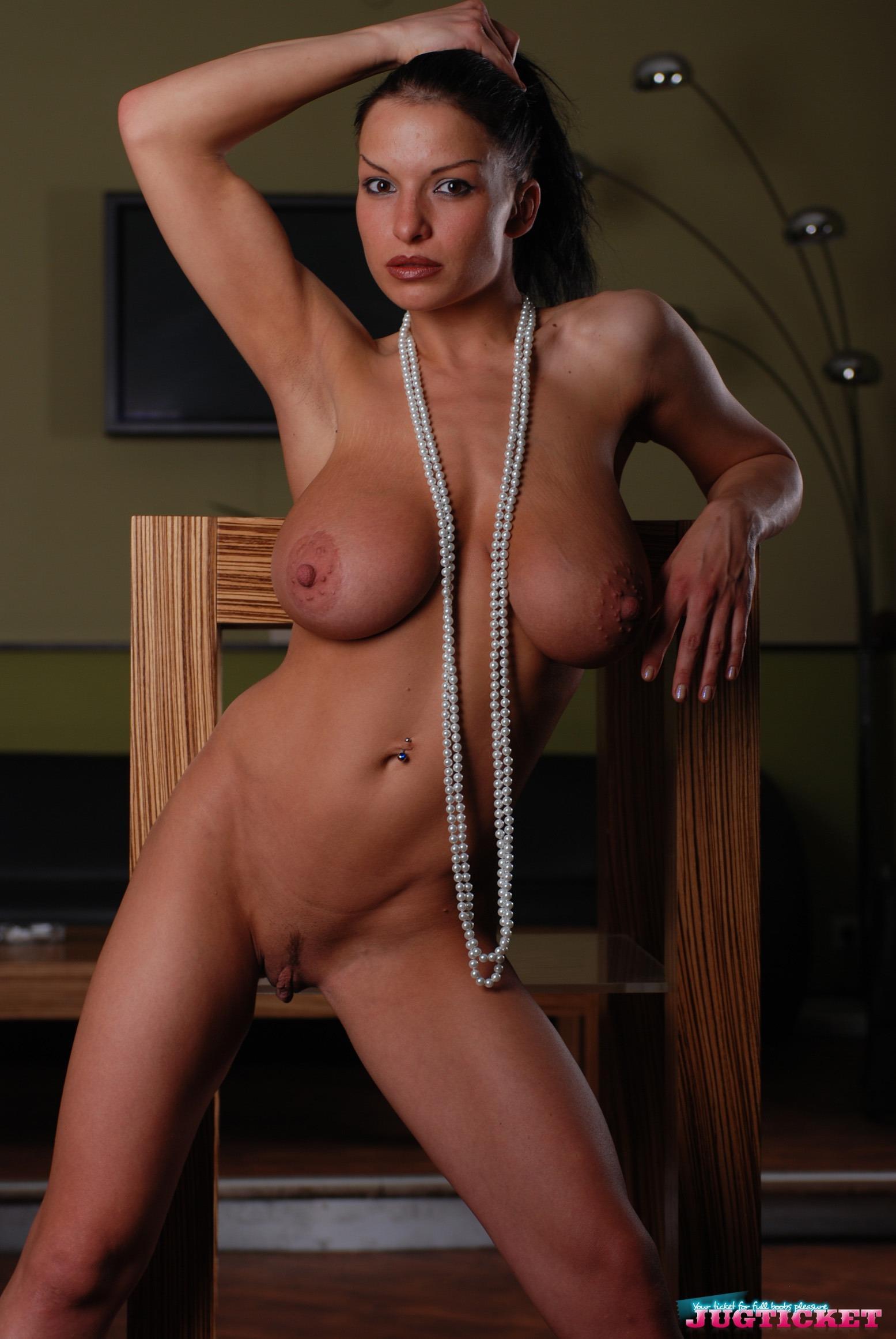 Jenny mcclain strips her bikini top to free her big titties 9