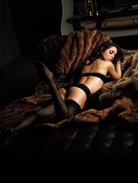 Eliza Dushku in lingerie - ass