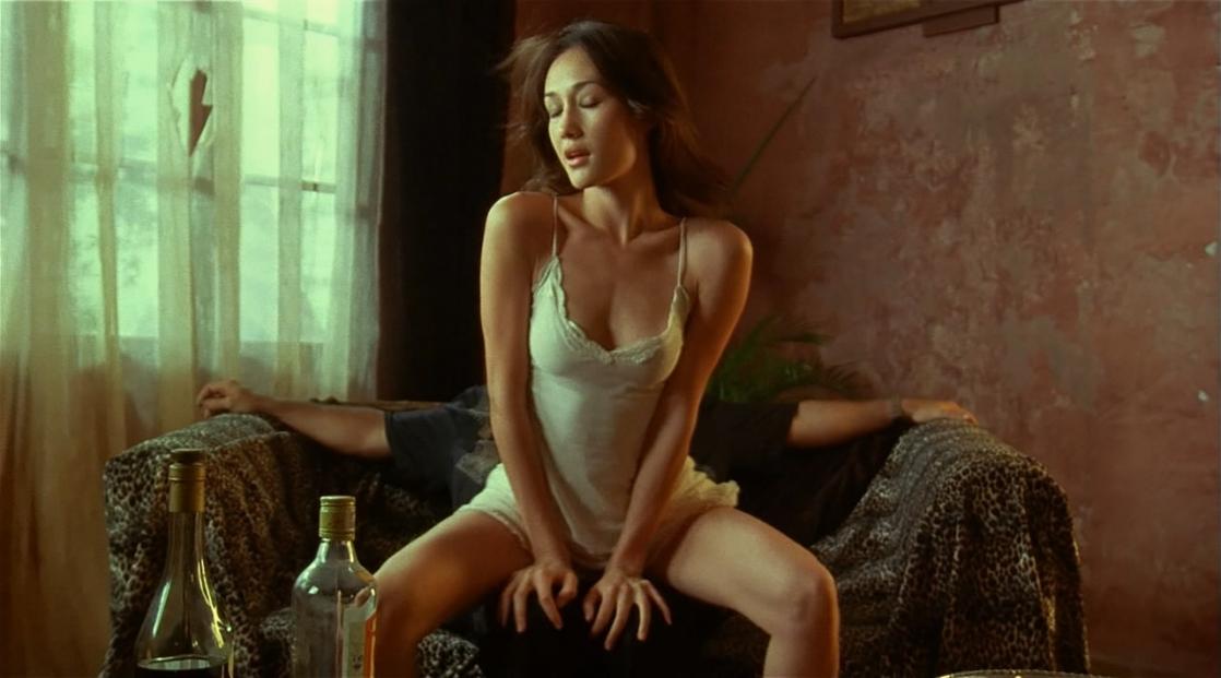 Секс сиськастые актрисы из художественных фильмов