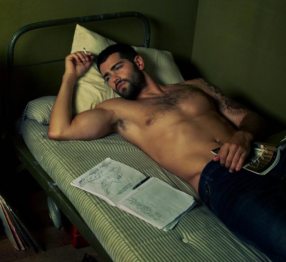 jesse-metcalfe-naked