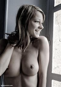 Melisa Mendiny - breasts